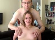 Matrimonio se anima a practicar sexo en directo por webcam